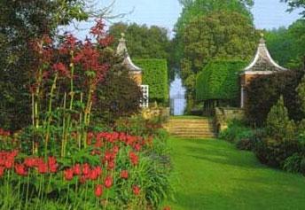 Hidcot Manor Garden