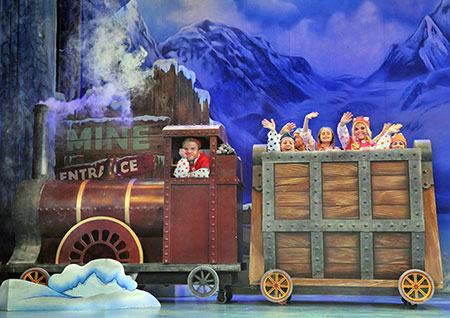 Snow White And The Seven Dwarfs, The Playhouse, WSM Review 17th December 2018